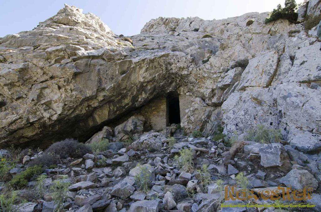 Το σημείο εισόδου στο Σπήλαιο Ζα